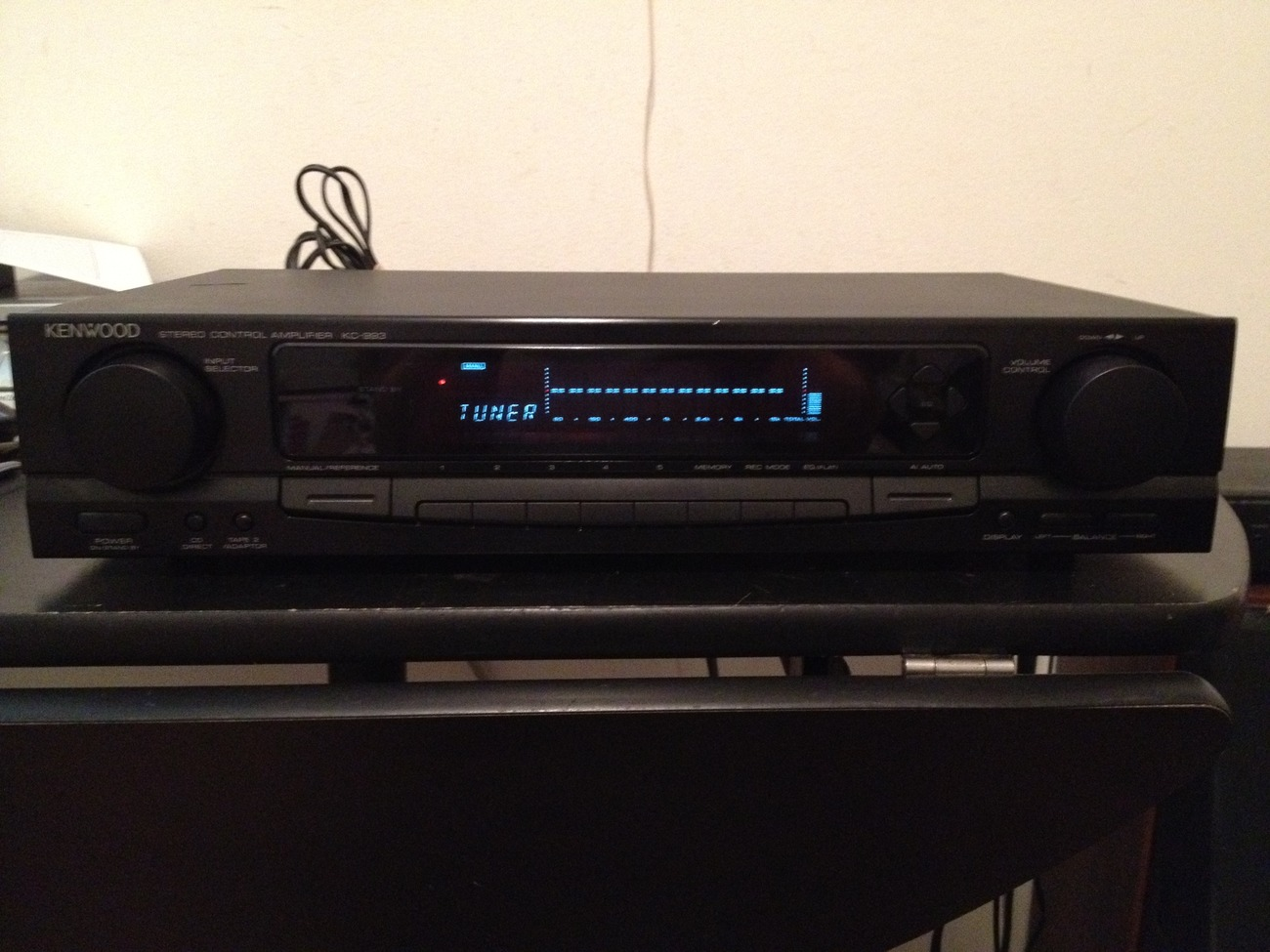 Kenwood KC-933 Stereo Control Amplifier ( Preamp )