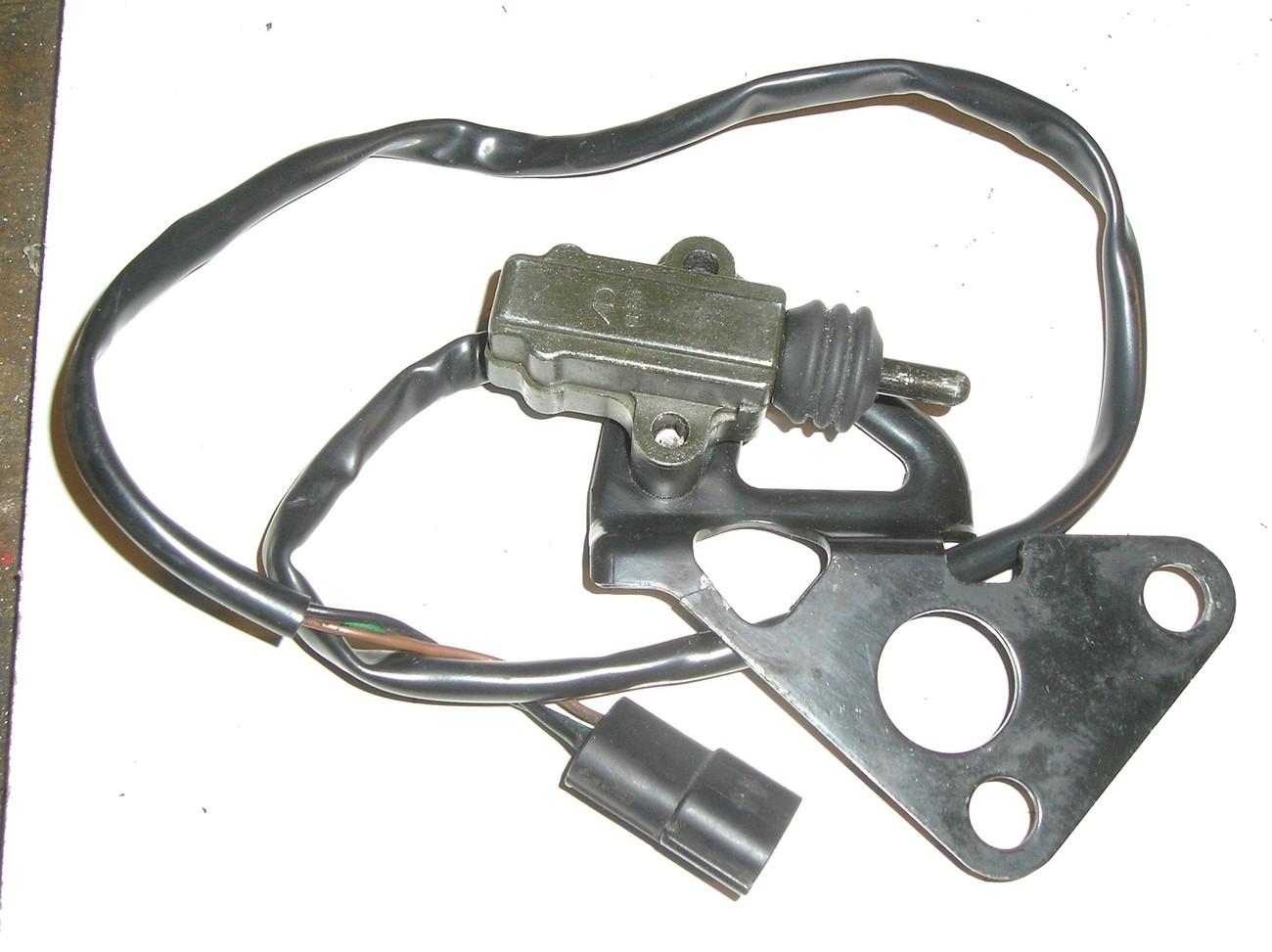 Triumph Daytona T595 '97 side stand switch + bracket  Triumph