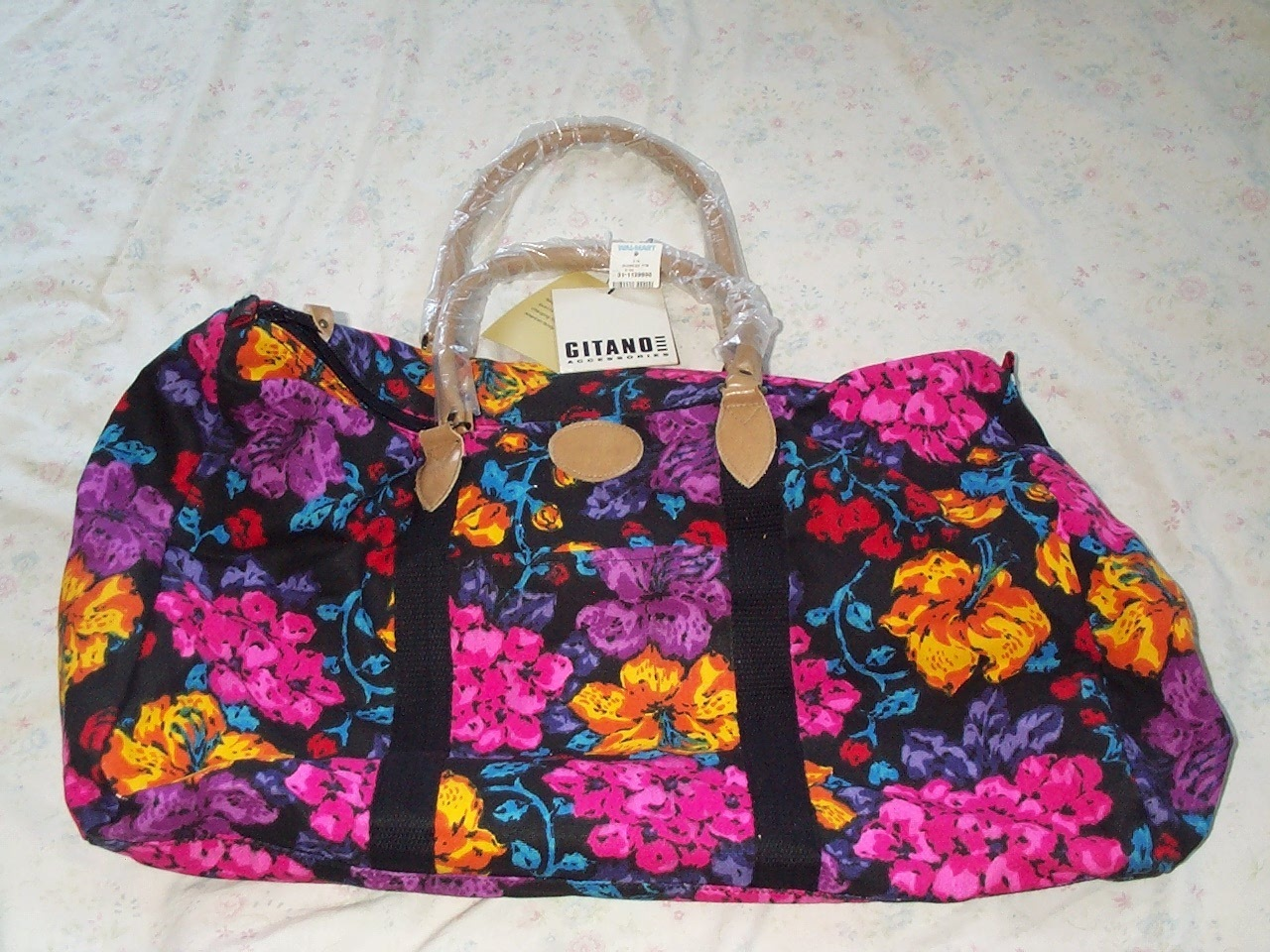 Gitano Oversize Duffle Tote New with Tags