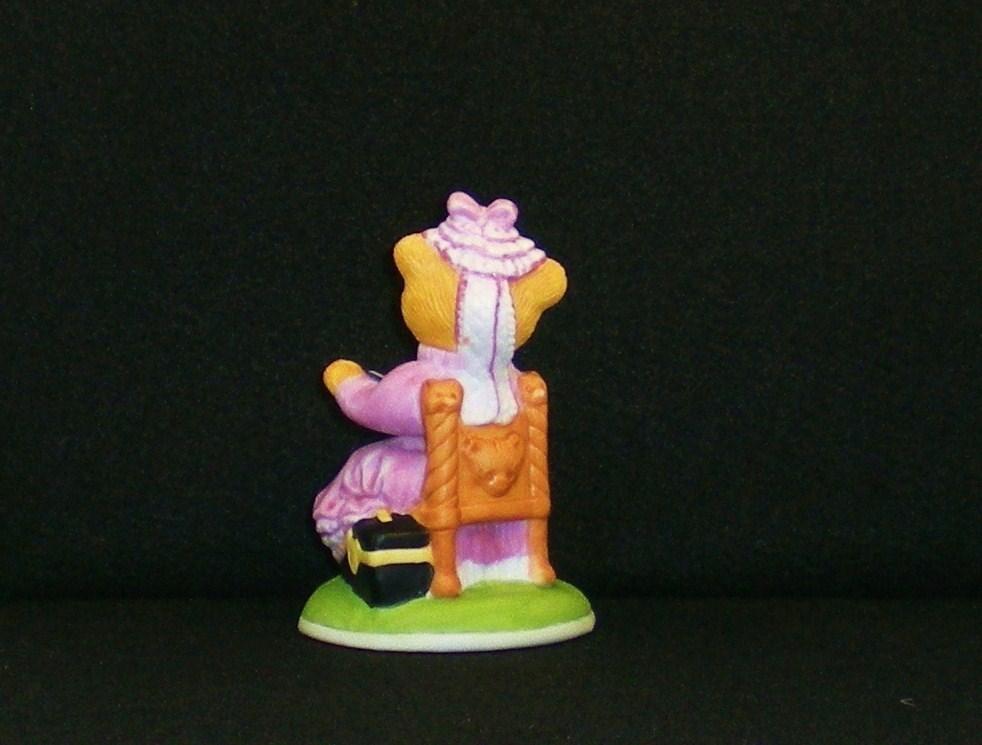 Image 2 of Mrs. Harriet Teddington porcelain bear Carol Lawson 1986