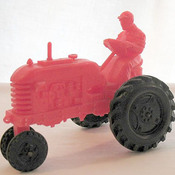 Toy_tractor_by__barr_rubber_co_1950s_thumb175